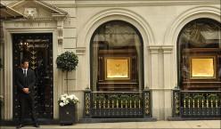 Entrance to Graff Diamonds, London.