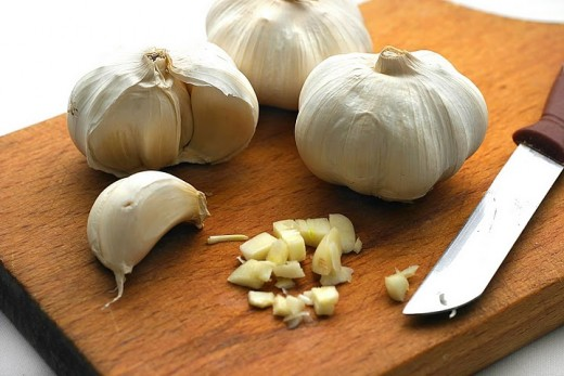 Garlic is a natural antibiotic and there are studies that suggest garlic is helpful in treatment of different types of infections.