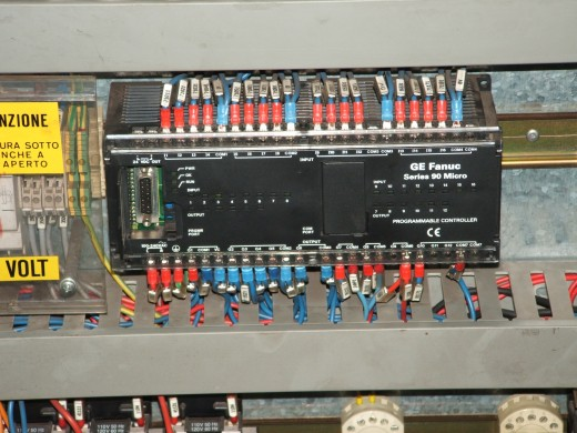 GE Fanuc Programmable Logic Controller (PLC) By Own picture (Own work) [Public domain], via Wikimedia Commons