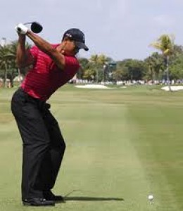 Tiger's incredible shoulder turn and complete back swing!