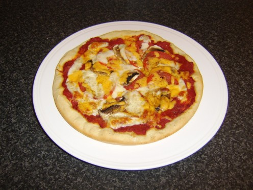 Homemade Tomato and Mushroom Pizza