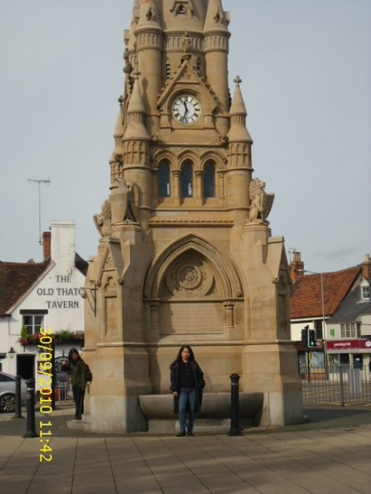 Shakespeares Memorial Fountain and Clockhouse