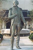 General and Marquis de Lafayette (Photos public domain).