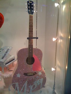 Hello Kitty Acoustic Guitars - a Buyer's Guide