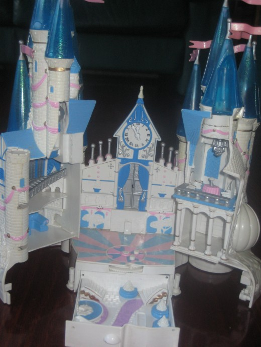 One of my Starcastles: the Cinderella Starcastle. Made in 1995.