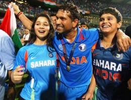 Sara Tendulkar & Arjun Tendulkar with Sachin during 2011 World cup win at Mumbai