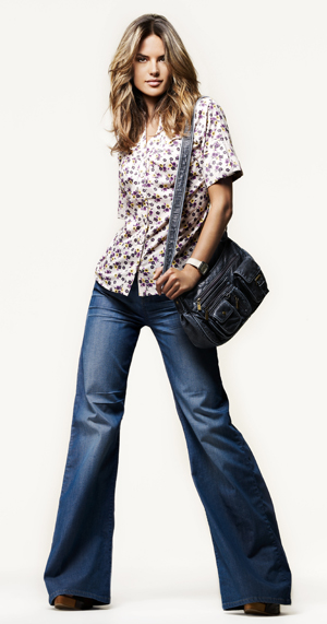 The comeback of 70's inspired flare jeans.