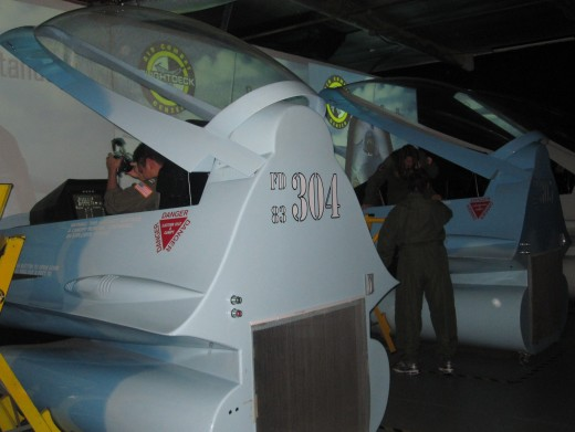 F-16 simulator preparing for take-off.