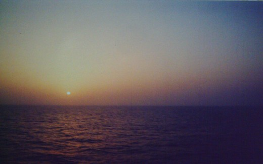 Sunset at Sea (Photo by thesailor)