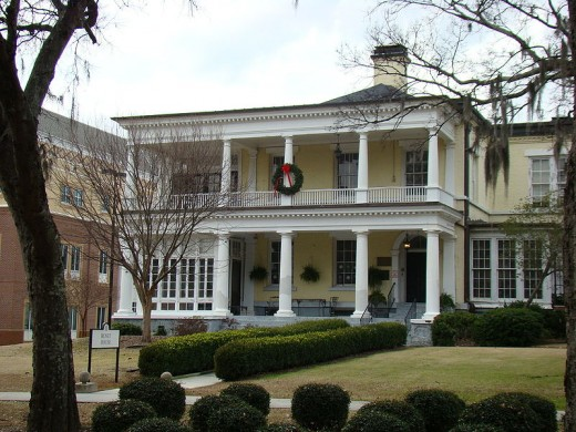 Benet House