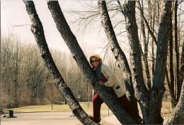 Still tree climbing at age 51 April Hubchallenge #21