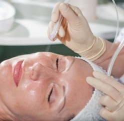 Microdermabrasion- Will it remove your wrinkles?
