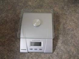 Digital kitchen scale.