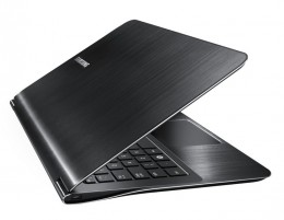 The Samsung Series 9 900X3A-A03 is built with a solid state drive for faster boot and load times.