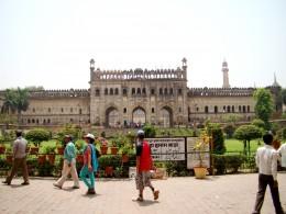 The main gate of Barra Imam Bargah