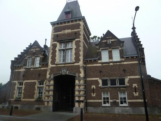 Castle gatehouse, Gronsveld