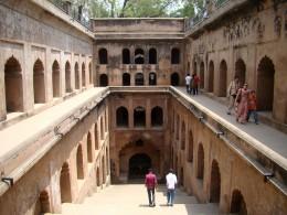 The Shahi Bauli or Royal step-well 2