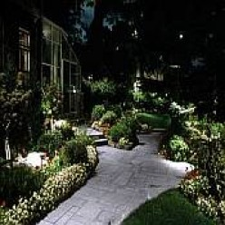 How to Make Your Garden Looks Magnificent at Night... and Make Your Neighbors Envy Your Awesome Landscape