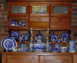How to Reorganize Dishes in a China Cabinet
