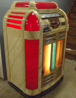 Vintage Reproduction Jukeboxes