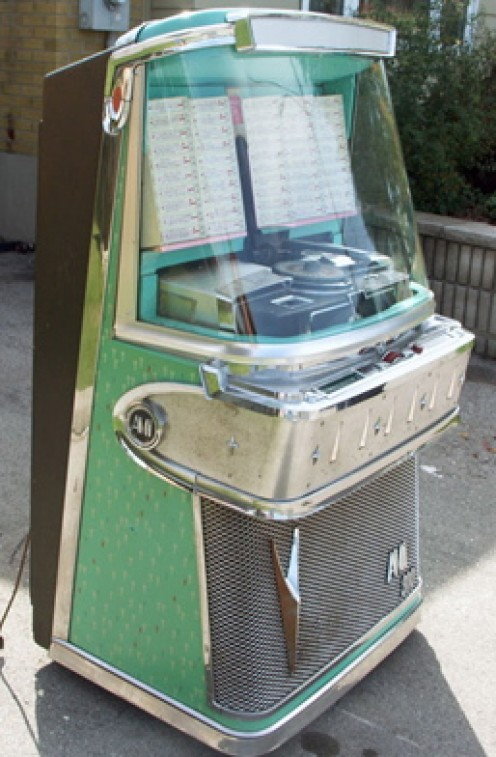 1958 AMI Model I-200 Jukebox. Image from GameRoom Antiques