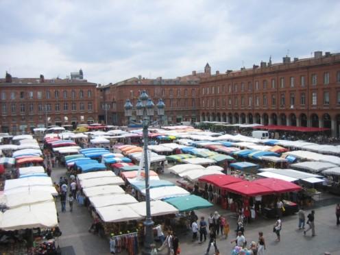 Market on 'Capitole' square, Toulouse