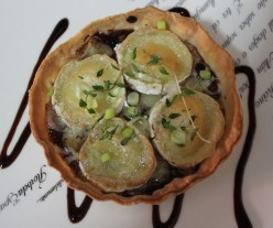 Goats Cheese and Onion Chutney Tart Recipe Suitable for Vegetarians: Easy to Make Pastry and Simple Homemade Chutney