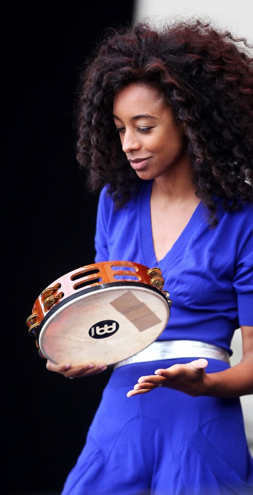 Corinne Bailey Rae, songstress extraordinaire, is not only talented but also quite lovely.