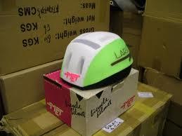 Retro MET helmet