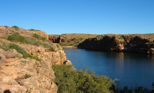 Looking up Yardie Creek canyon
