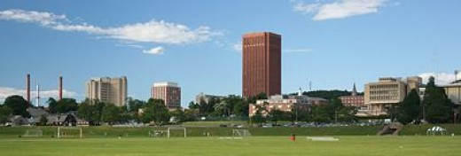 The 1450 acre UMass Amherst is located in the scenic pioneer valley of western massachusetts just miles from the connecticut river.  photo from wikimedia.org/Umass Amherst