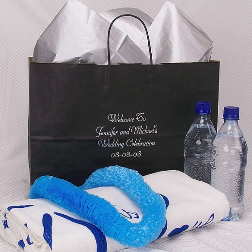 Ideas For Wedding Gift Bags : Wedding Gift Bag Ideas for Your Out-of-town Guests hubpages