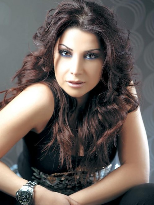 Aline Khalaf is a Lebanese singer and clearly quite beautiful.