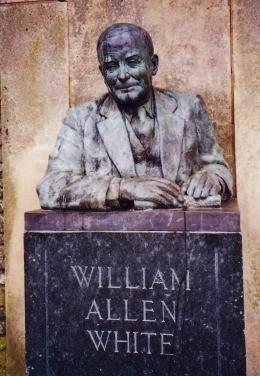 Statue of William Allen White in Peter Pan Park