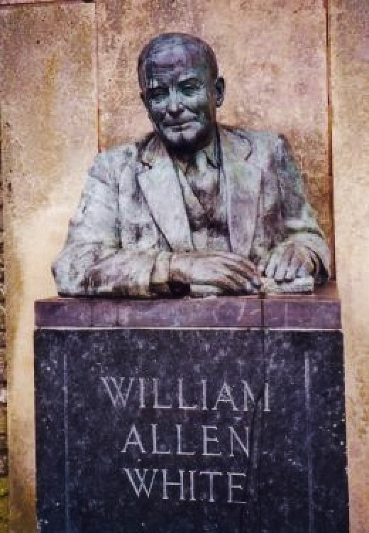 Statue of William Allen White in Peter Pan Park