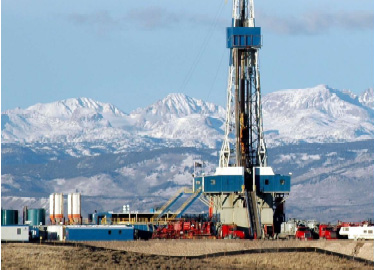 Drilling rig in Wyoming. As with drilling for oil, the rig is taken down when drilling is done.