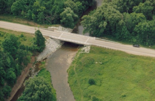 The bridge, 1987, on No. 2 Side Road over the Bronte Creek west of Appleby Line after it was constructed.