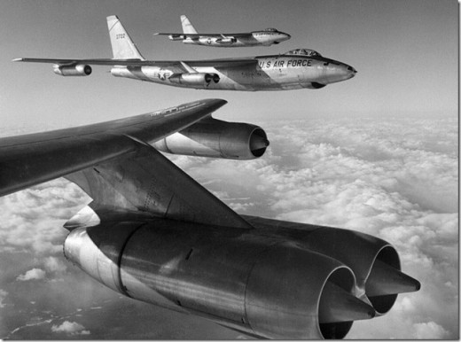 B-47 Stratojet flight formation
