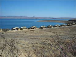 Chalet Accommodation at Sterkfontein Dam