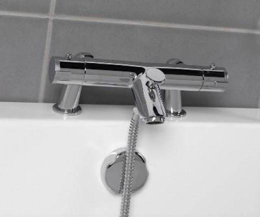 Minimalist Bath Filler