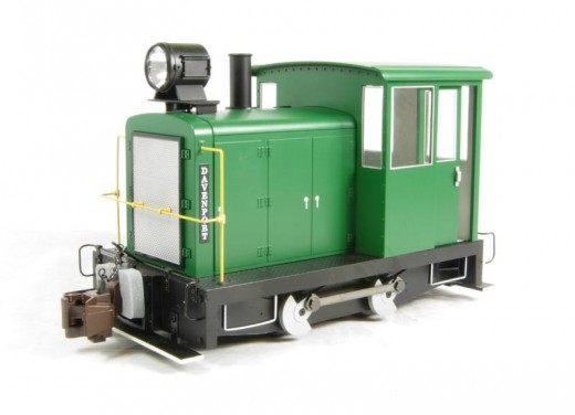 Model of a gas mechanical locomotive based on the 1940 Davenport catalog from Bachmann in On30 and Large Scale versions.