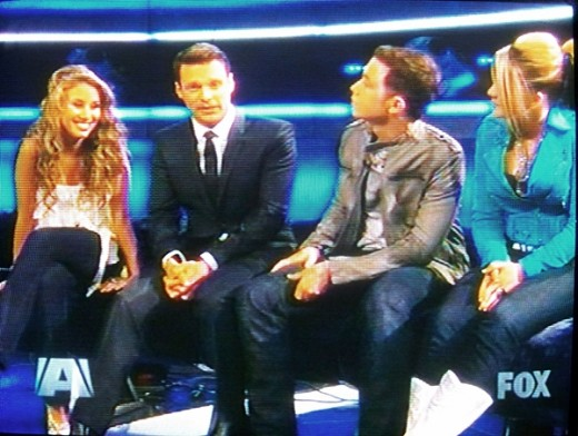 Haley, Scotty and Lauren with Idol host Ryan Seacrest at the beginning of the show - American Idol 2011 Top 3 Results Night May 19, 2011