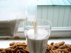 How to Make Almond Milk - A Healthy Dairy Alternative