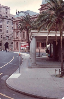 The woman's waiting room and Moregloed busstop