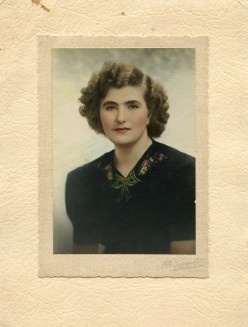 """Original photo of """"The Beautiful Lady - With No Name"""""""