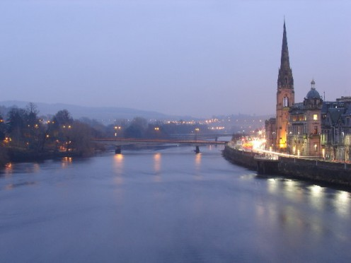 River Tay looking south from the Old Bridge