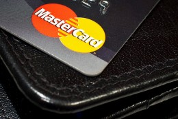 Mastercard mobile payments. Photo by Hkan Dahlstrm