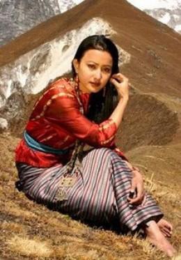 Namrata Shrestha's hill side photo shoot