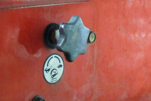 We thought the hydraulic system on the tractor broke, but after 2 hours of trying this and that, we discovered that a quick twist of this knob fixed it lol