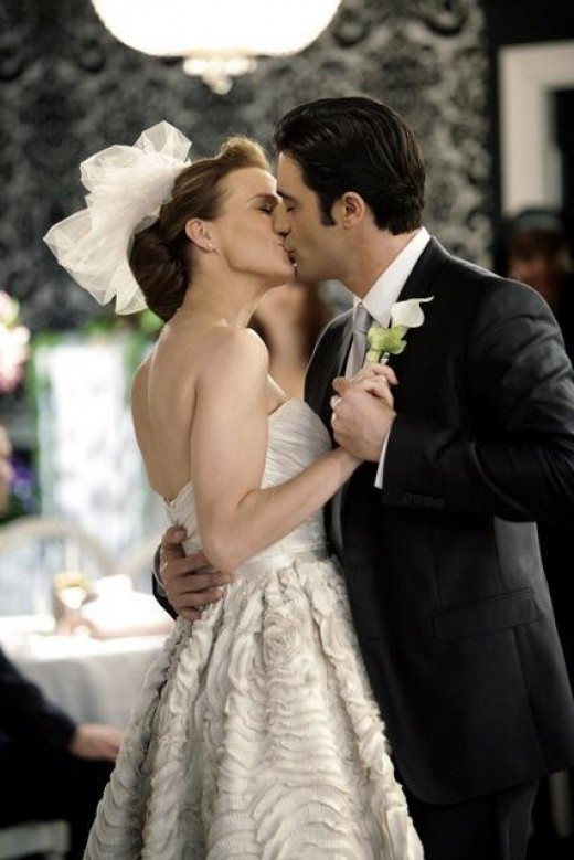 """Can a Walker wedding erase the sting of a cancellation for ABC's """"Brothers & Sisters""""?"""
